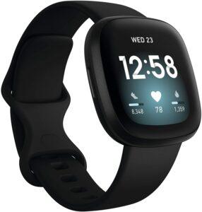 最适合于Android系统兼容的智能手表: Fitbit Versa 3