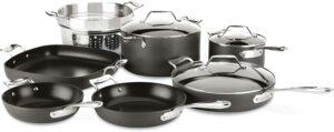 最佳整体不粘锅炊具套装 All-Clad Essentials Nonstick Hard Anodized Cookware Set