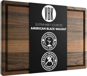 外观非常复古的一款木制菜板 Large Walnut Wood Cutting Board