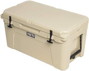 非常结实的一款冷藏保温箱 YETI Tundra 65 Cooler
