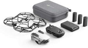 非常利于携带的小巧的无人机套装DJI Mavic Mini Combo