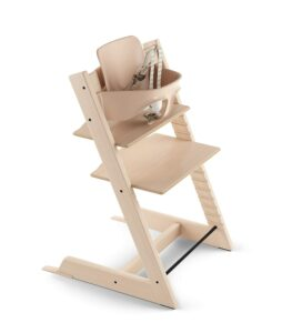 最佳经久耐用的儿童餐椅:Adjustable Wooden Black Baby High Chair