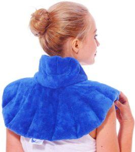 最适合颈部疼痛:Huggaroo Neck Wrap Microwavable Heating Pad with Lavender