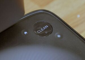 Roomba S9+ 的CLEARN BUTTON