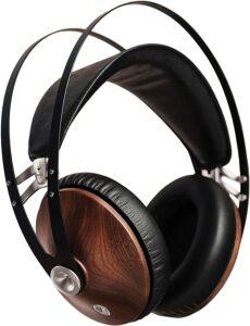 音质均匀的游戏耳机:Meze 99 Classics Walnut Silver